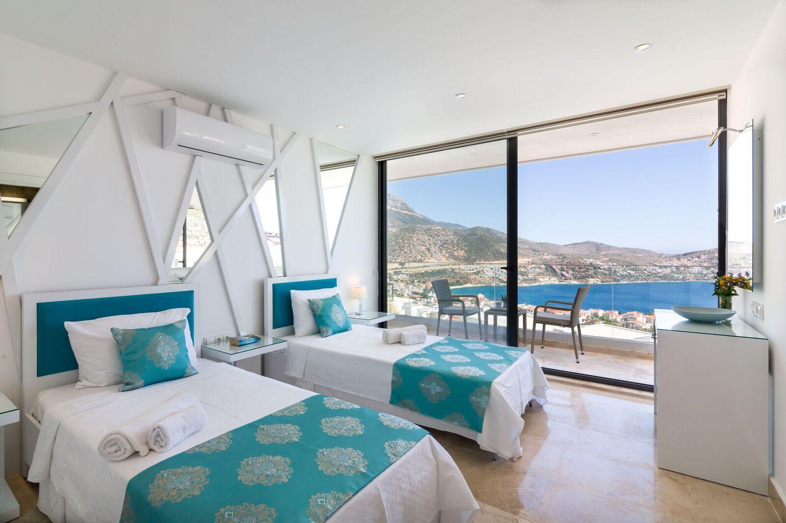Bedroom 3 - 1st Floor - Twin Room