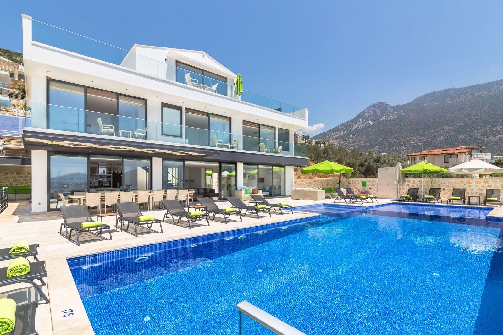 Main Terrace of Villa Eternity