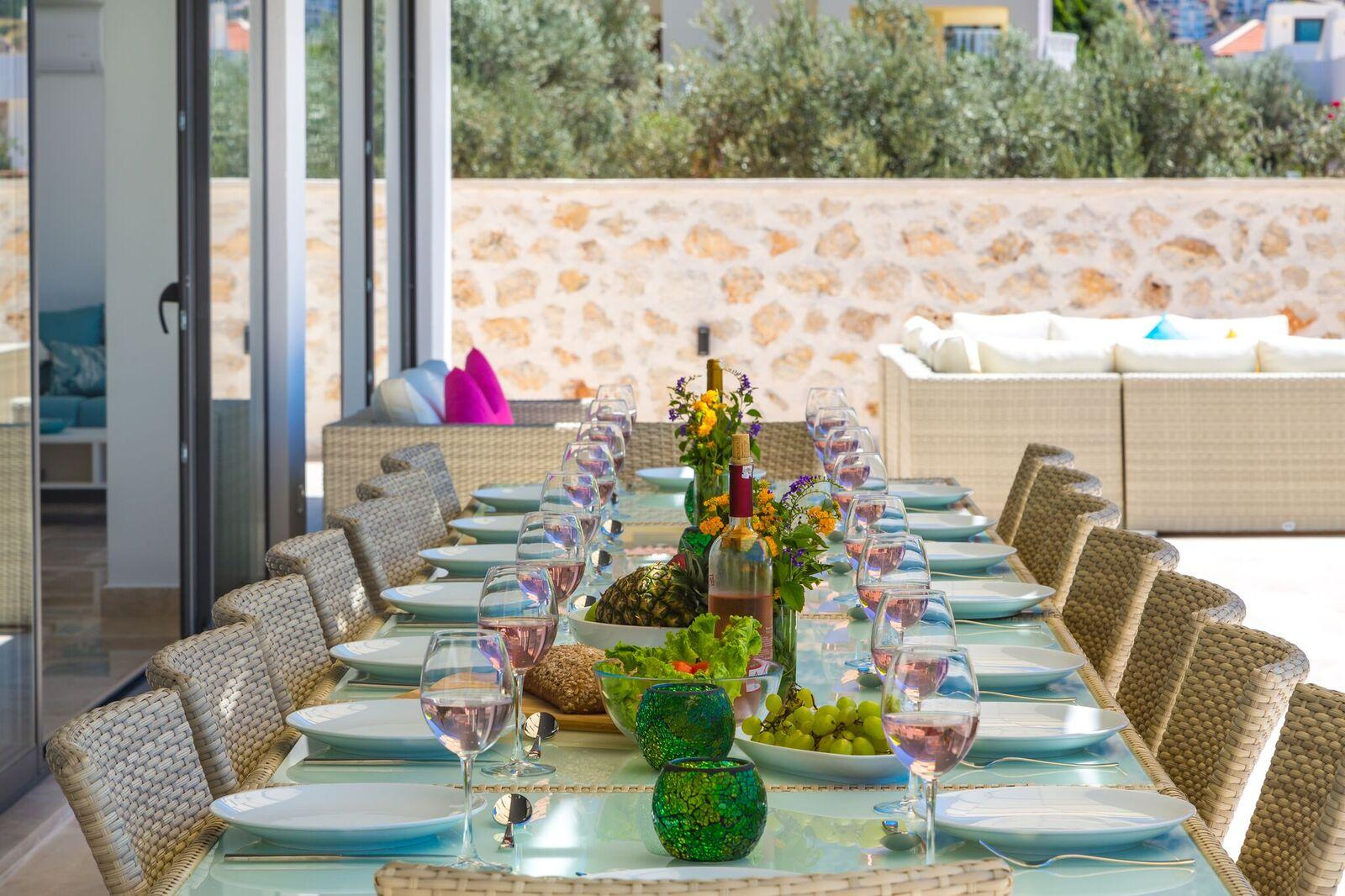 Terrace Dining for 16 people
