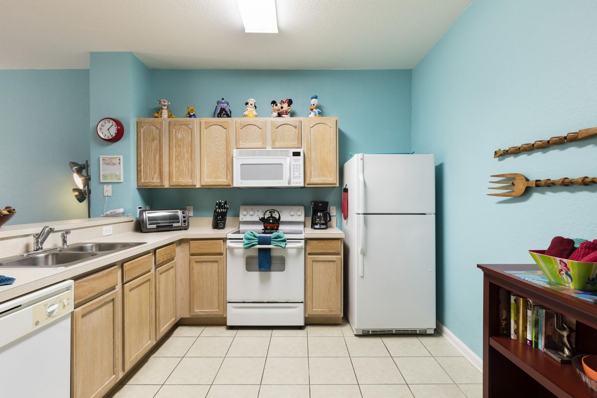 A full-size kitchen for when you want to make breakfast or a banquet.
