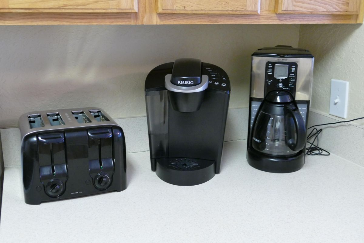 Small Kitchen Appliances Provided for Your Convenience