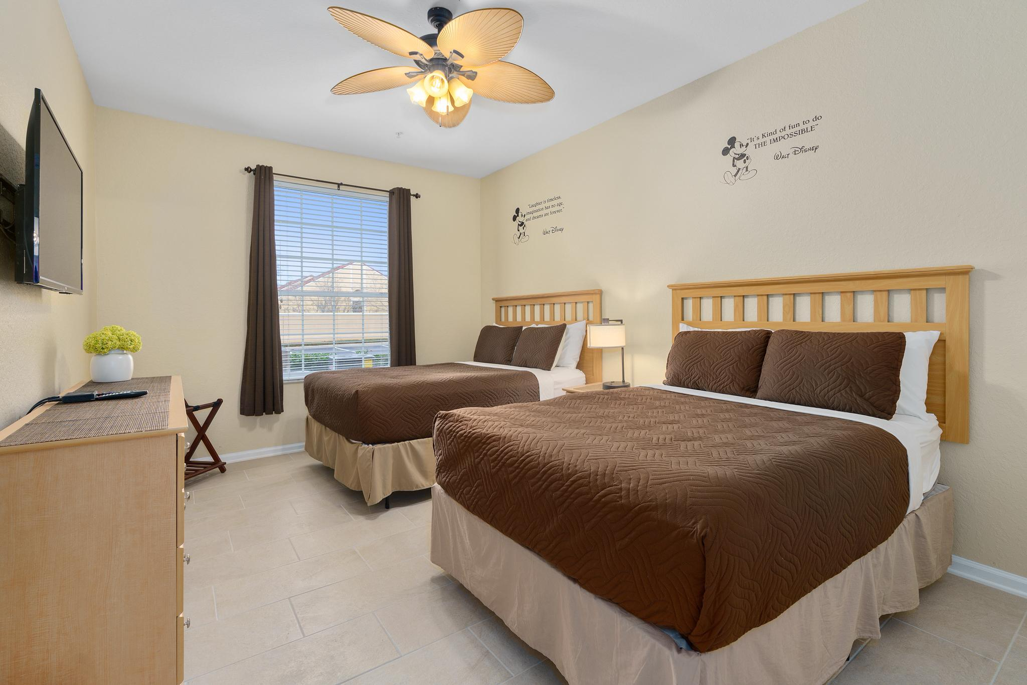 Second bedroom - 2 full-size beds