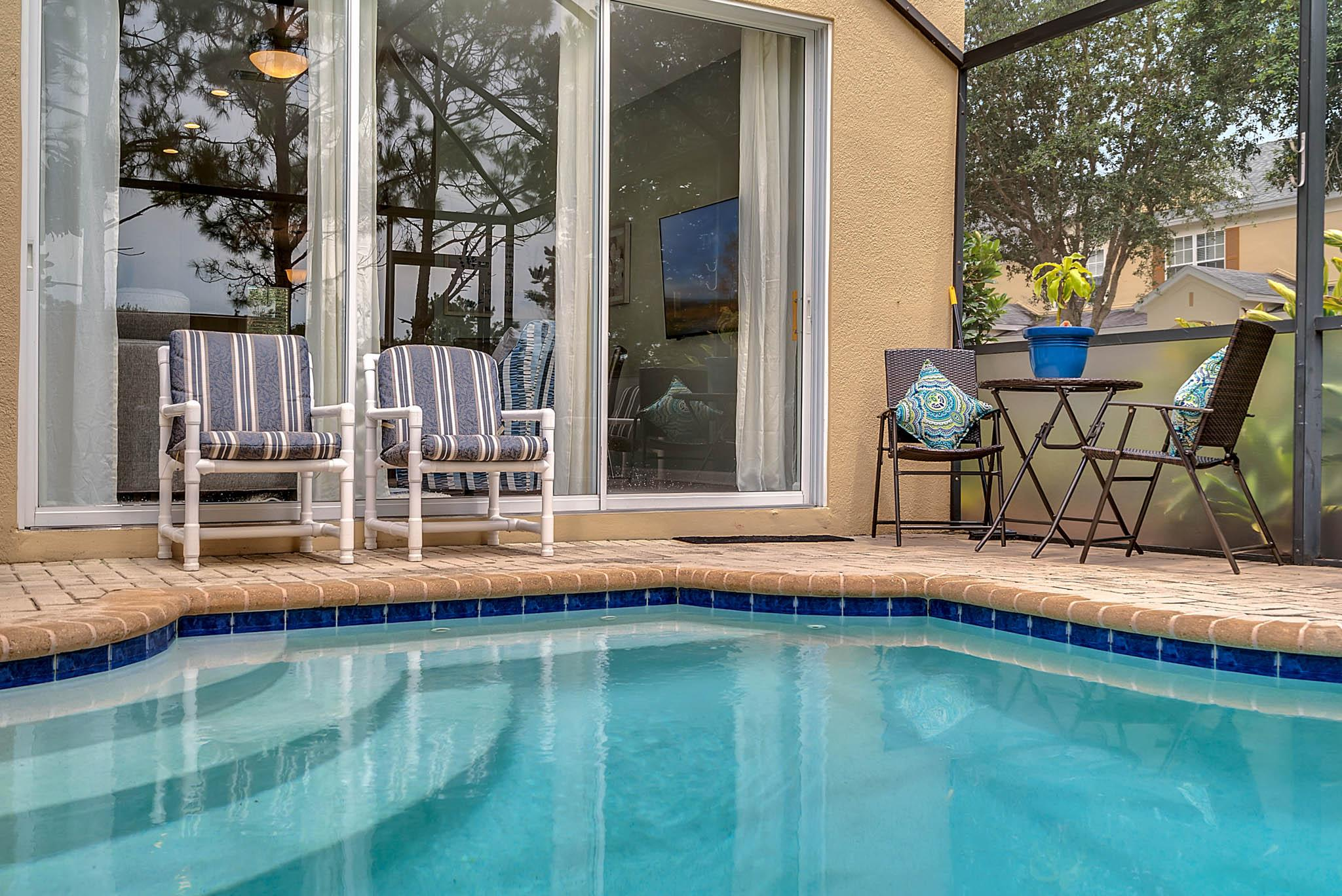 Sunny Year Round - West Facing Private Pool