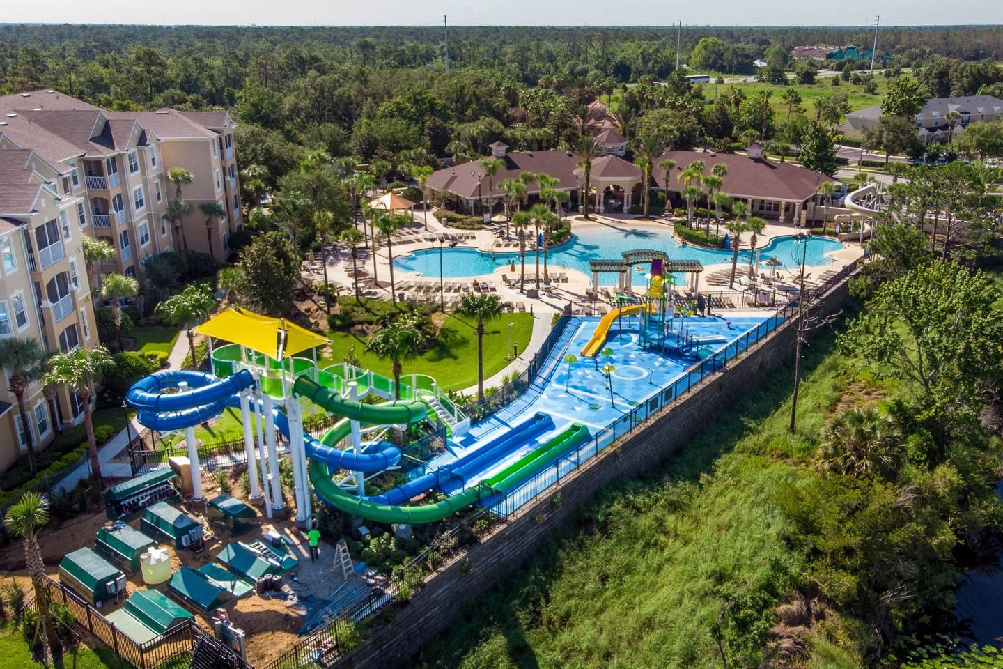 Free Water Park with 2 slides!!