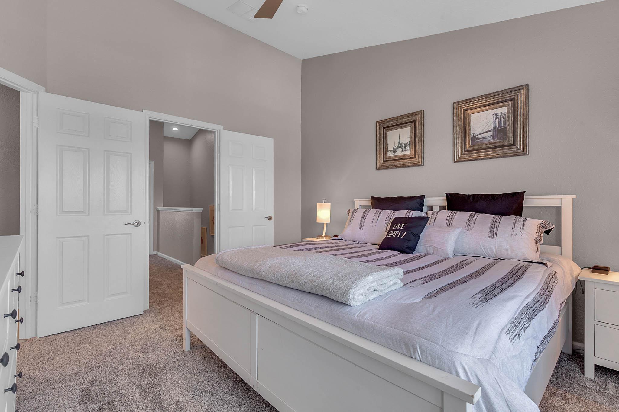 Stylish Furniture & Decor