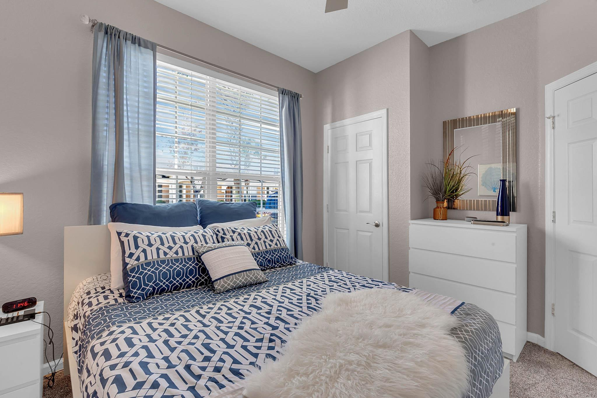 Queen Bedroom ~ Downstairs