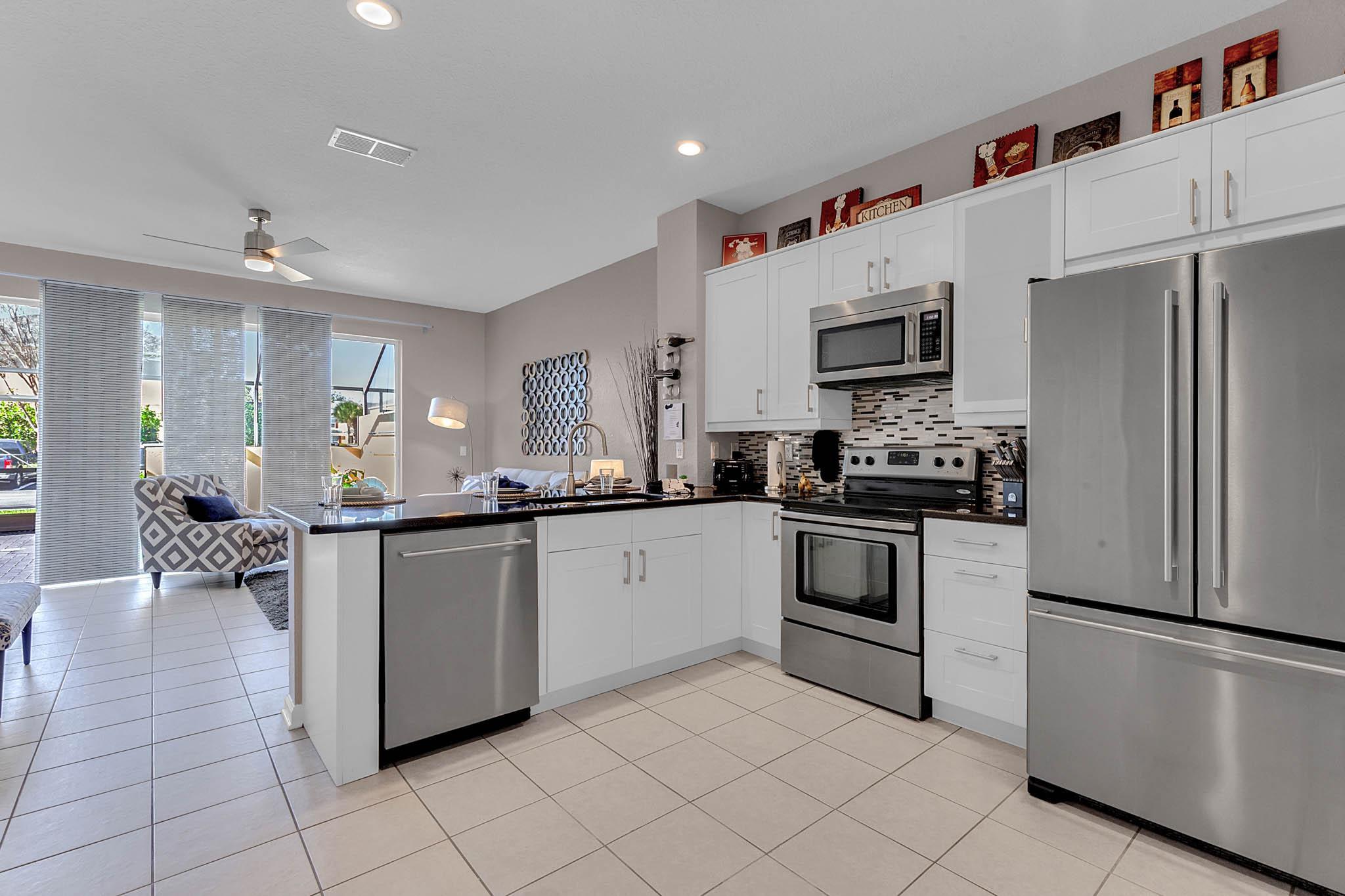 Stainless Appliances, Granite Countertops