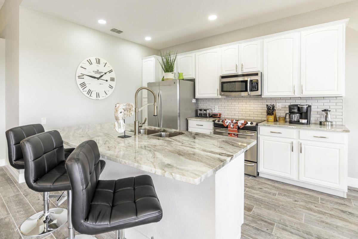 Stylish Kitchen Island Seating