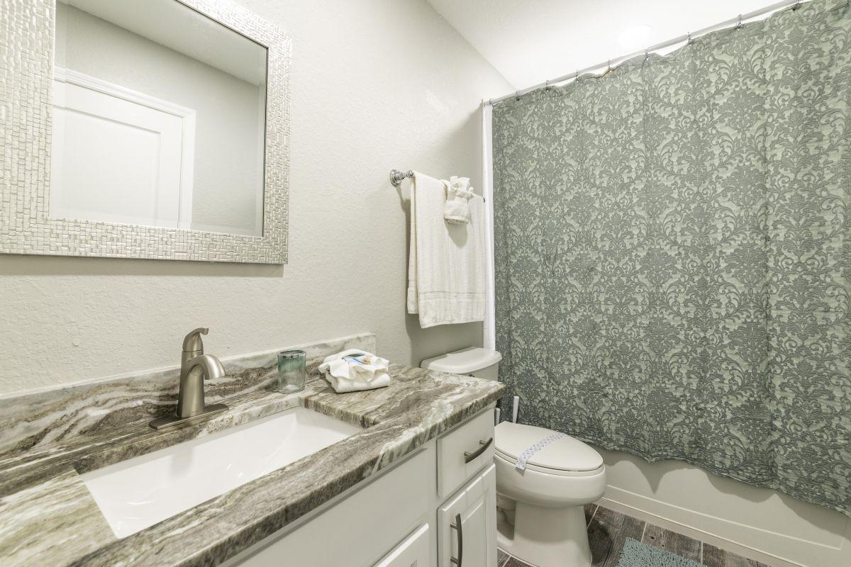 5th ensuite Bathroom