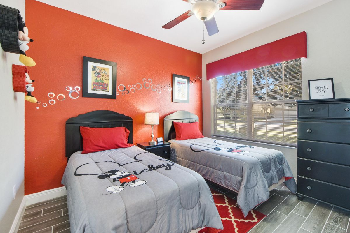 Mickey & Disney Themed Bedroom (2x Twin Beds)