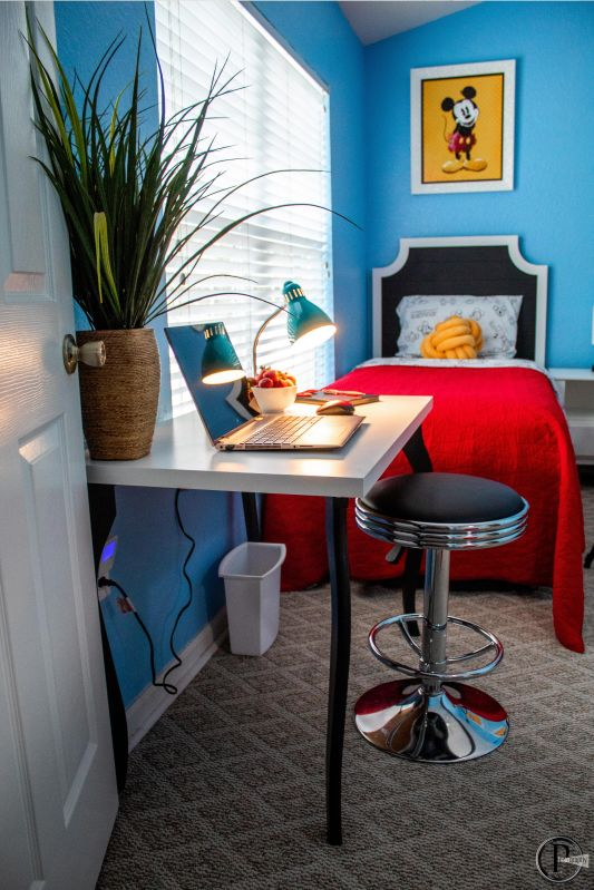 Desk in MICKEY SUITE for your remote school needs.