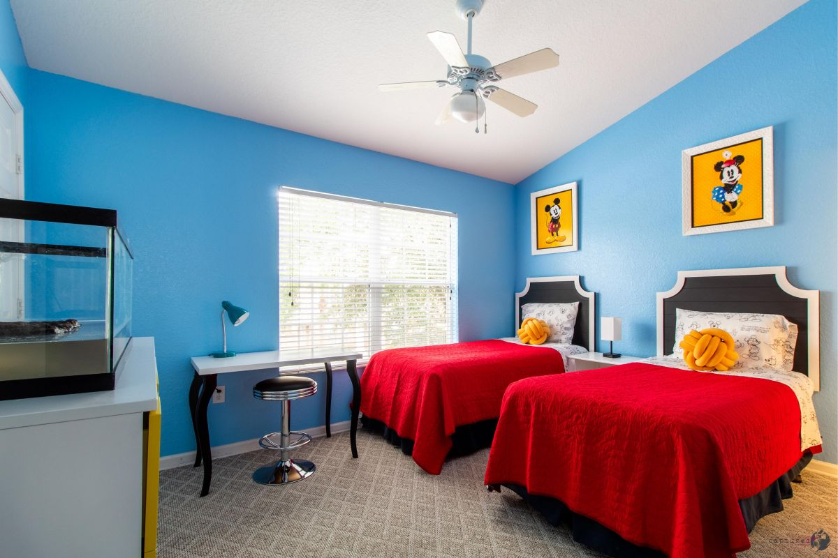 Second floor Twin size beds � Charging hub � Reading light � Smart TV � Desk � Private full-bathroom