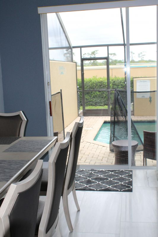 Sliding Glass door to Spool with Pool gate up