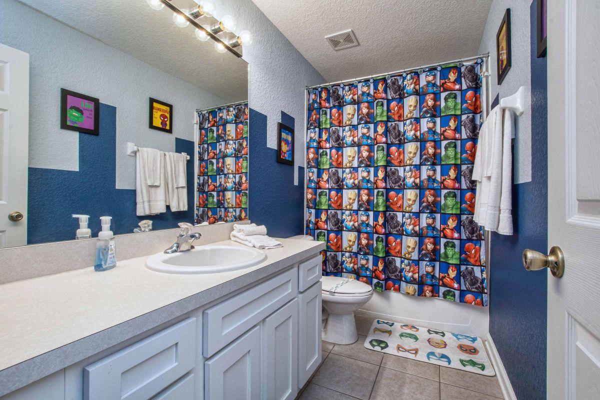 En suite Marvel bathroom