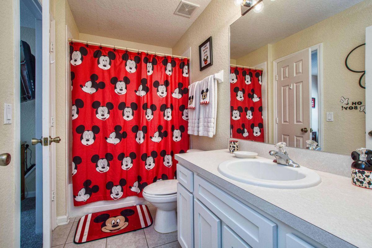 Mickey Bathroom