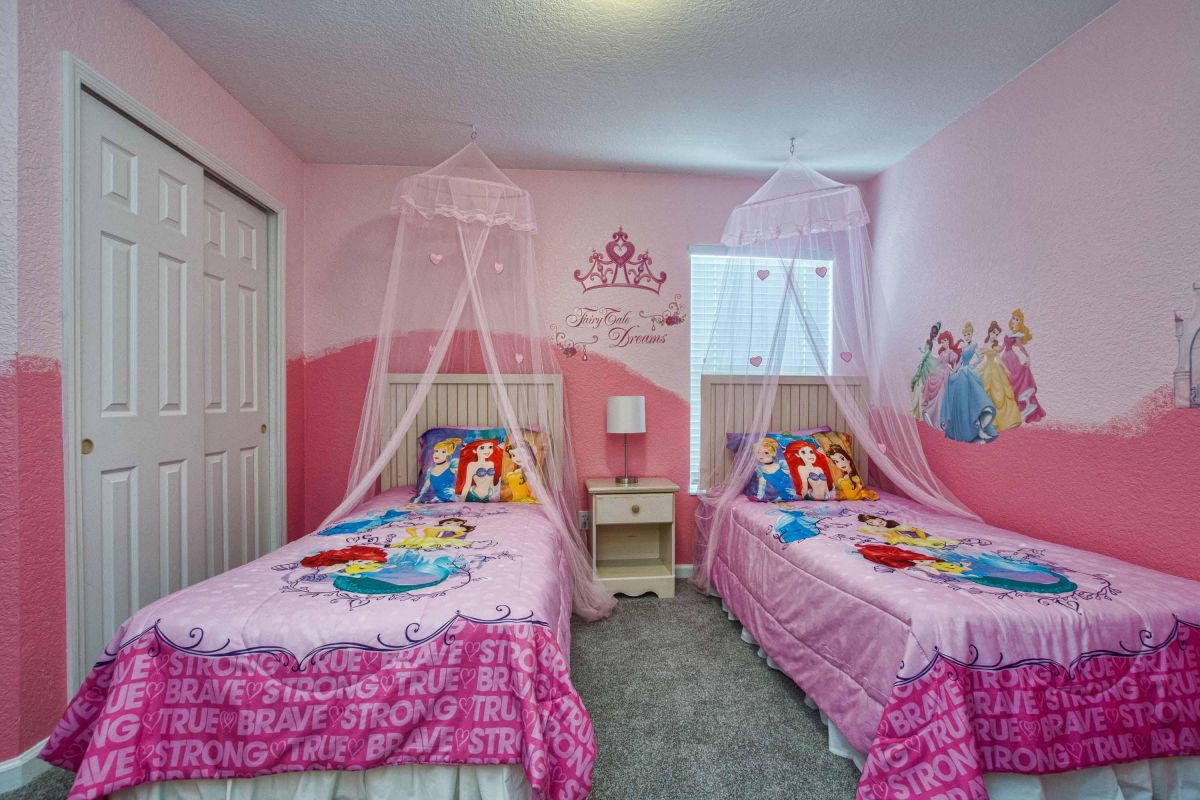 Princess bedroom with twin beds