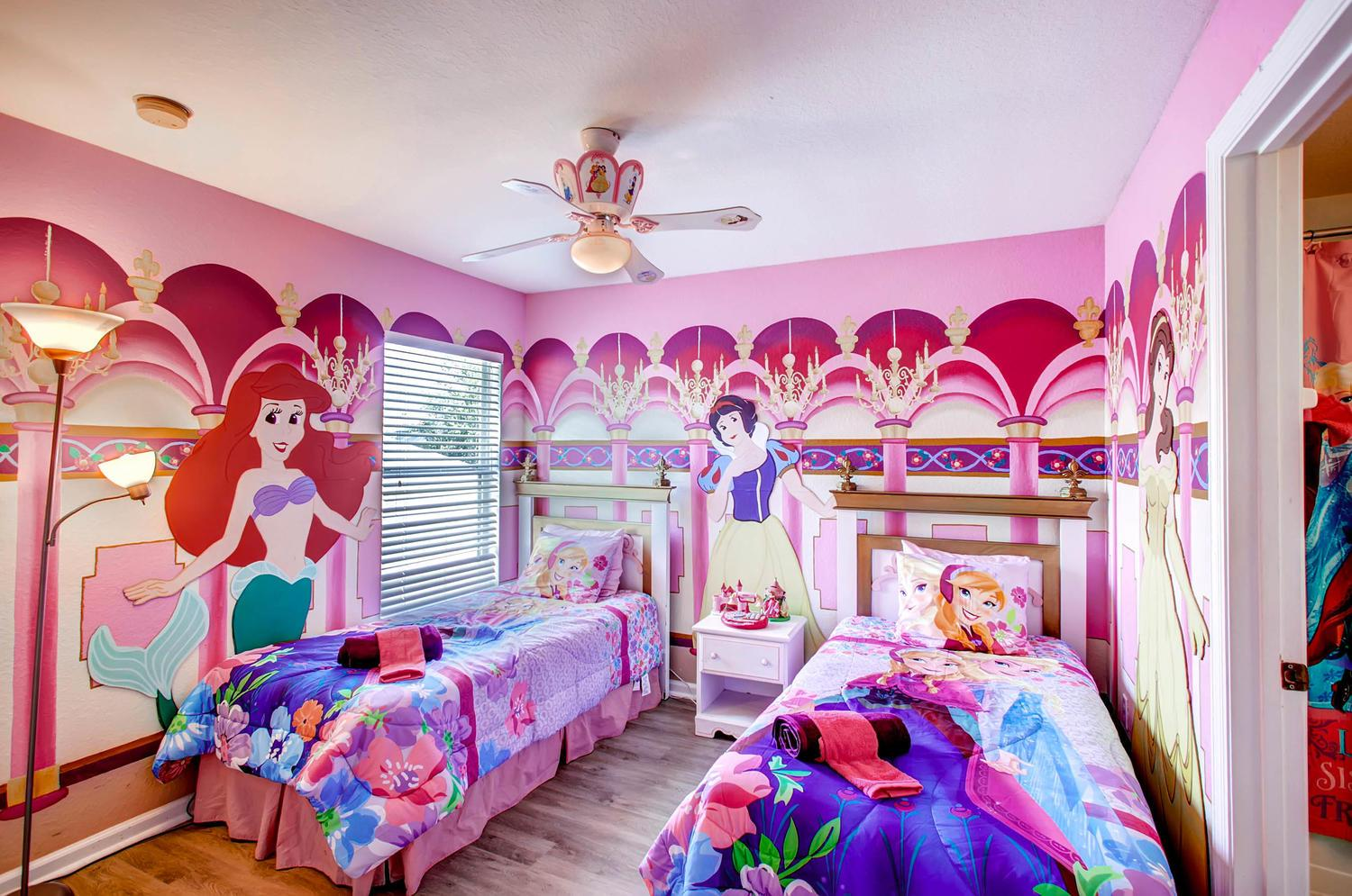 """Princess/Frozen themed twin bedroom with 24"""" Smart TV with frozen theme ensuite"""