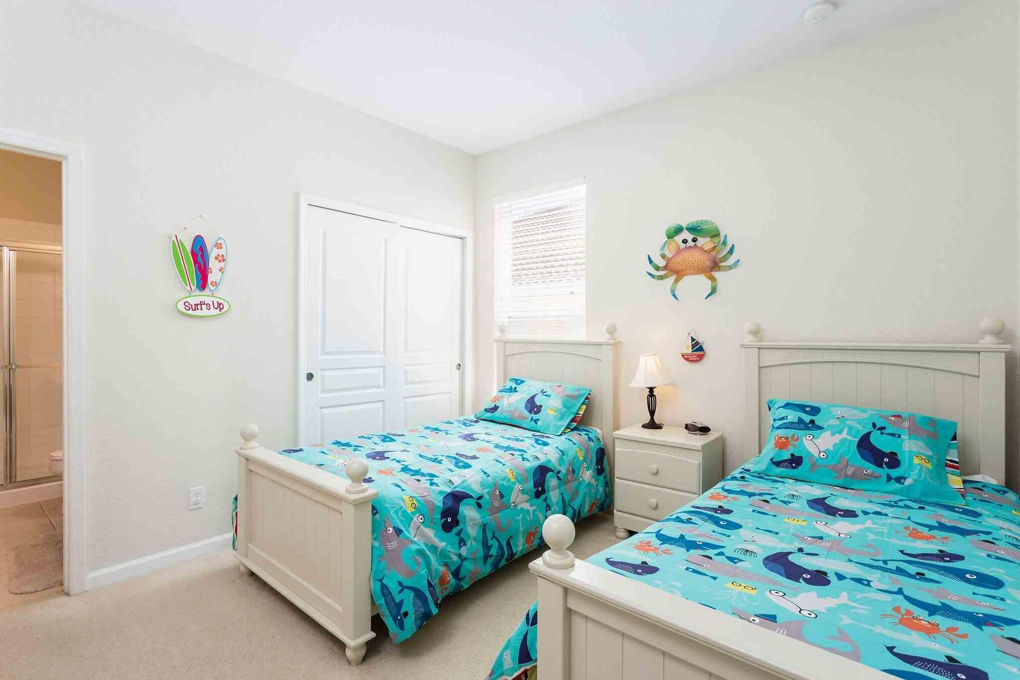 Twin bedroom right