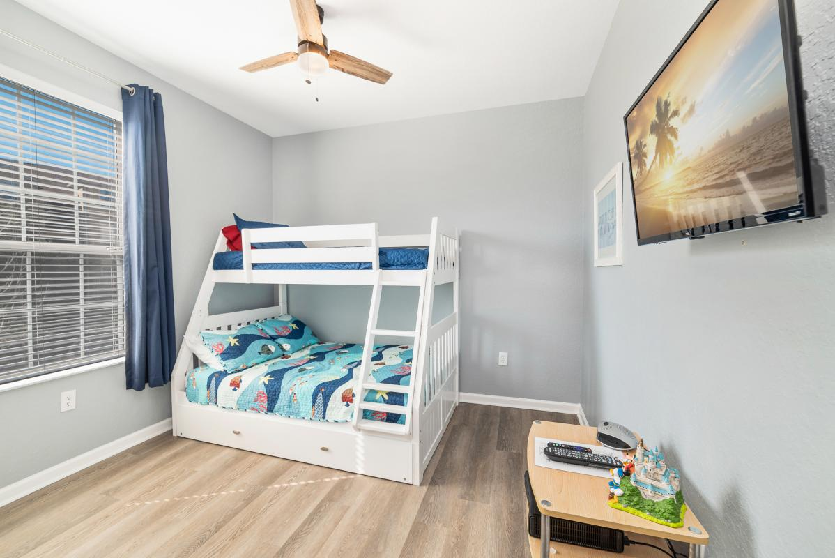 Kids Bunk room with optional trundle bed and XBox