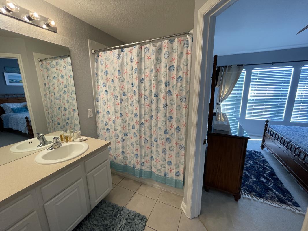Full bath with shower tub