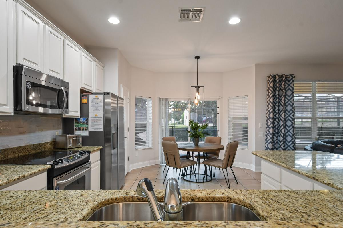 Kitchen with 4 person dinette