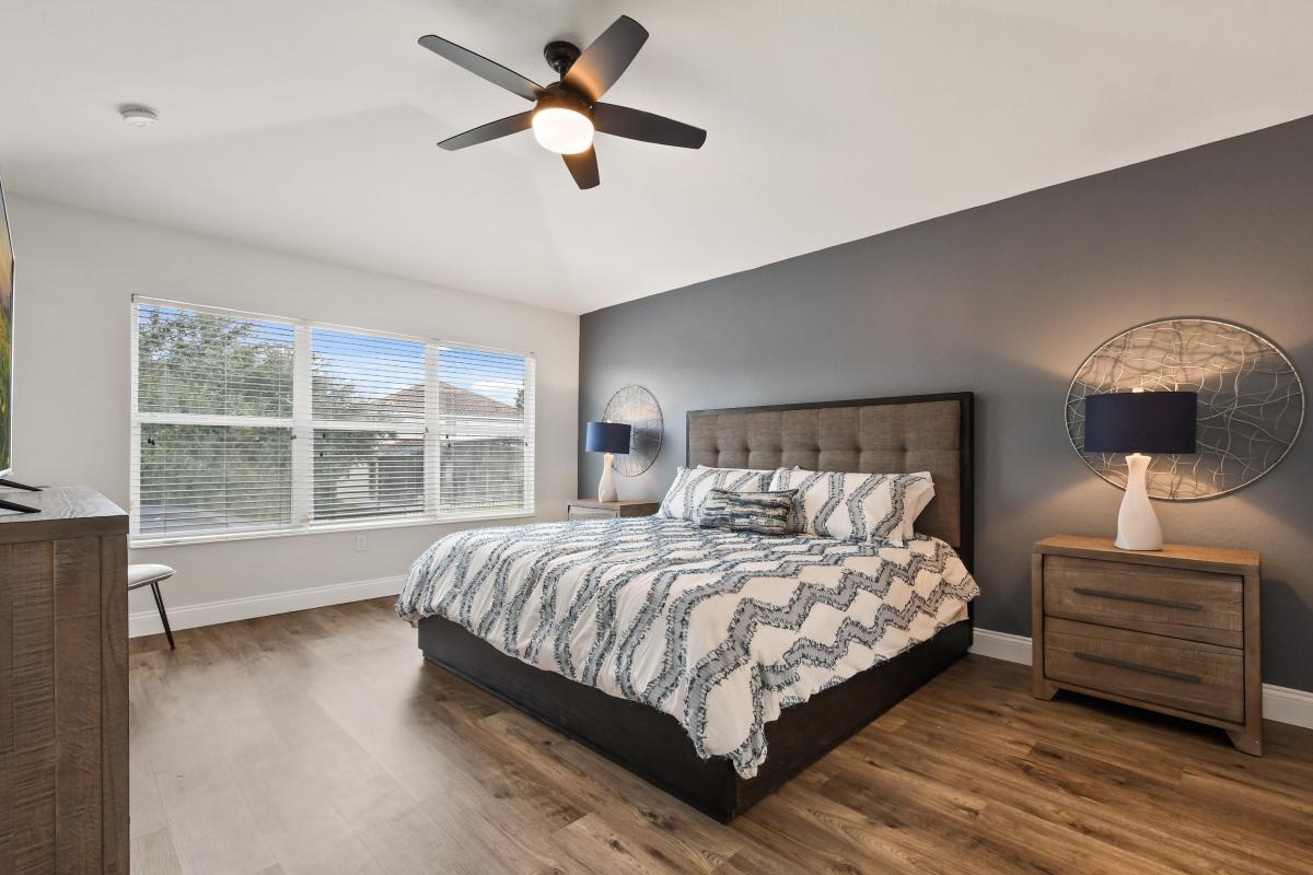 Bedroom 2: 2nd Floor Owners Suite - King