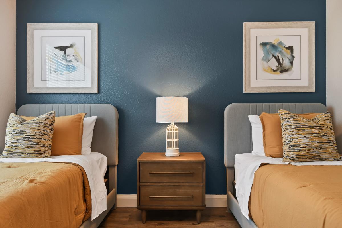 Bedroom 5: 2nd Floor - Two Twins