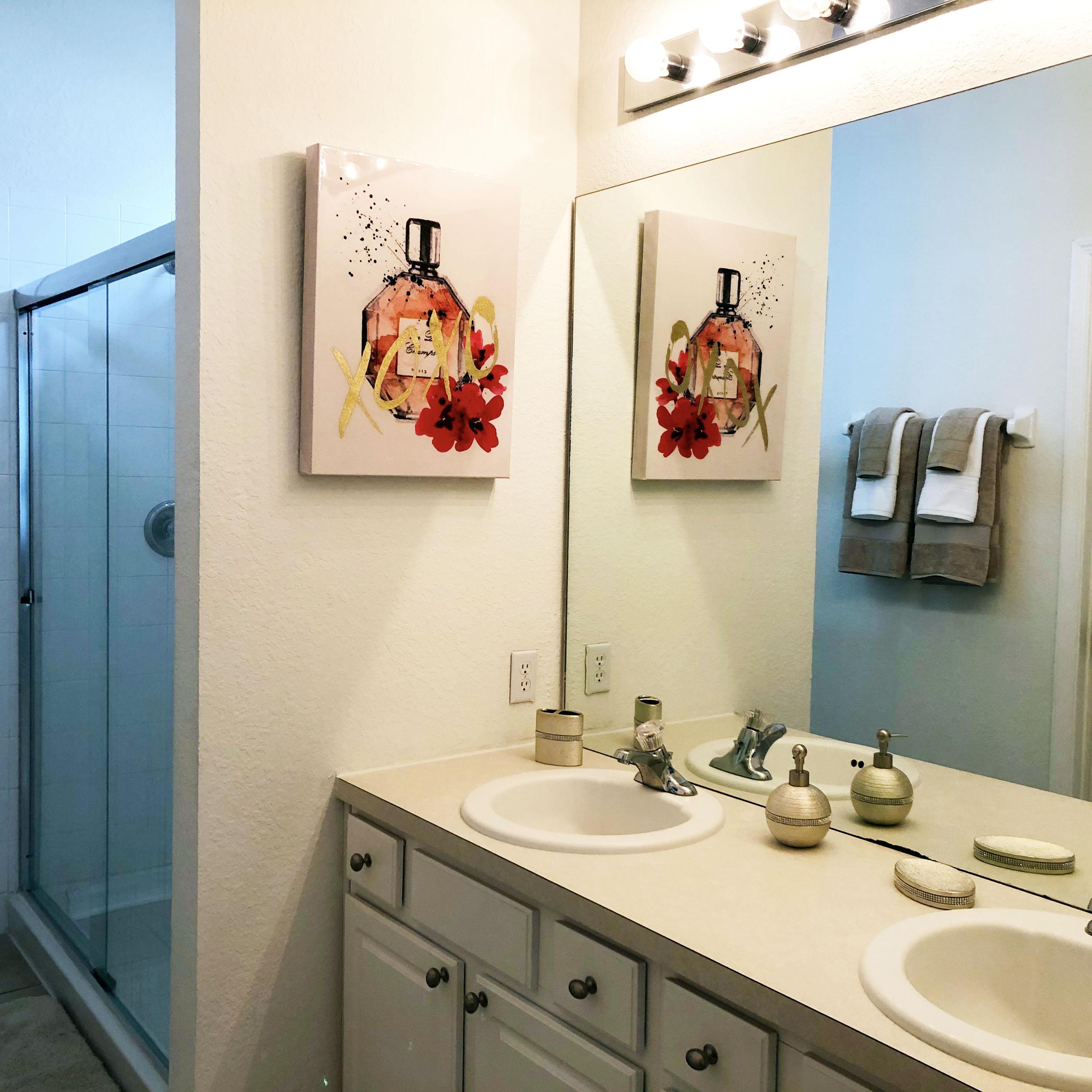 Master Bathroom Suite #1